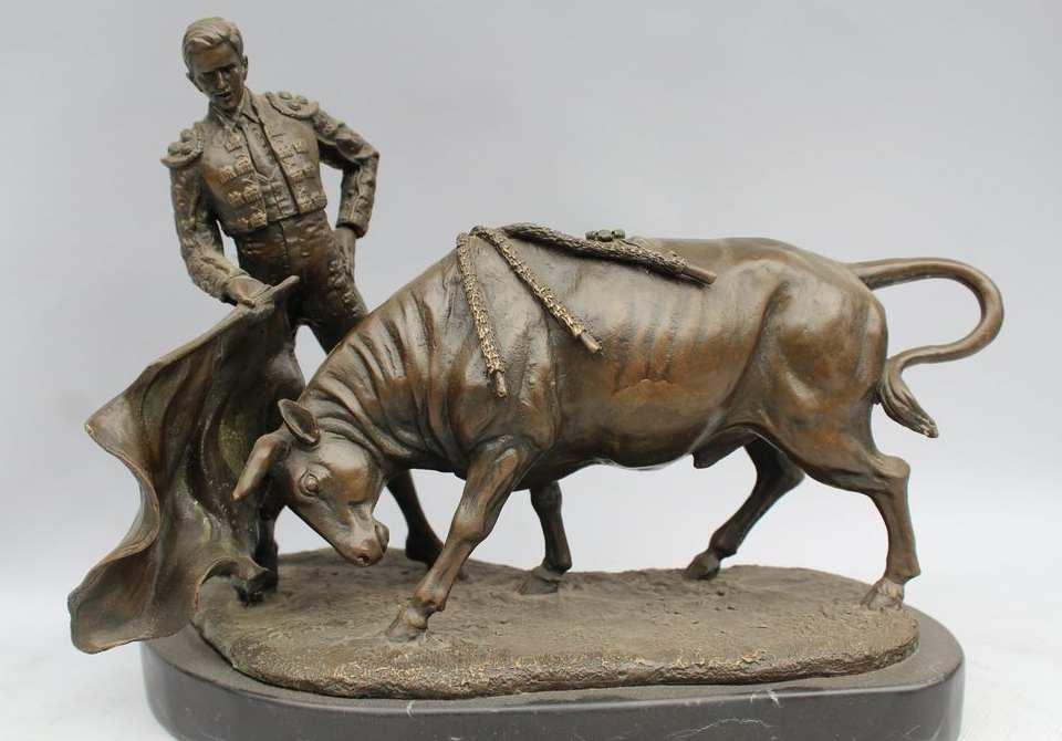 Free Shipping Spain Bronze Marble Statue Matador Bull