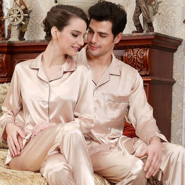 4c3ad5383579 € 26.35  Adulto Silk bordado pijama manga larga Mujer hombre pareja seda 2  unids traje hogar dormir B 5846 en Conjuntos de pijamas de Ropa interior ...