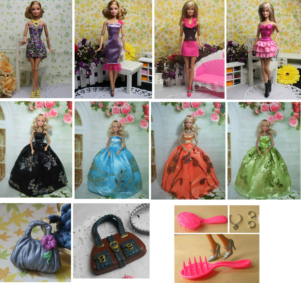 (11 artiklar = 4 kronklänning + 4-klänning + 2väskor + 1comb) Christmass presenttillbehör För Barbie docka