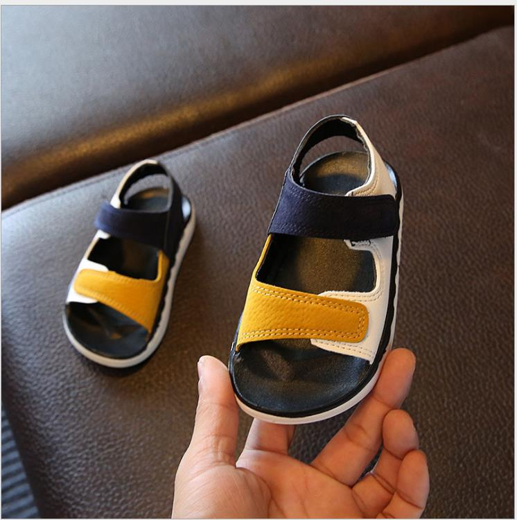 Summer leather childrens beach shoes sandals wholesale leather patchwork sandals boys soft beach sandals children baby sandalsSummer leather childrens beach shoes sandals wholesale leather patchwork sandals boys soft beach sandals children baby sandals
