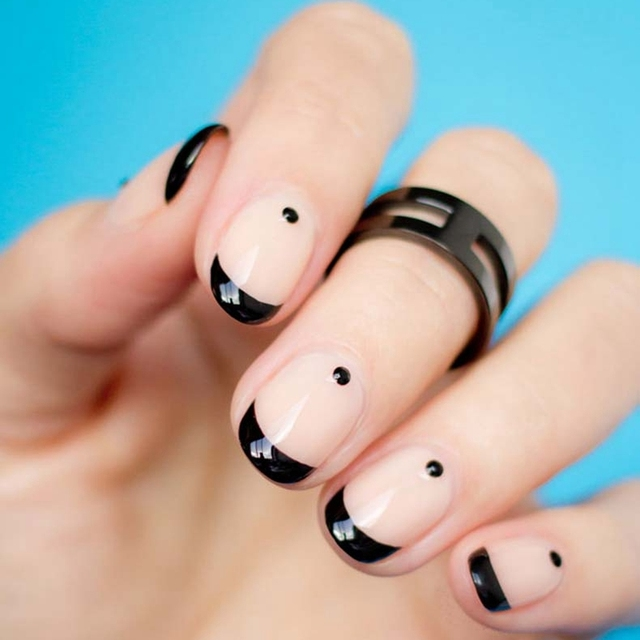Black Half Moon French Nail Art Design Uv Gel Lak For Festival Party