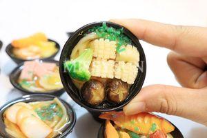 Image 5 - 2 個 1/6 スケールミニチュア日本シーフード麺ふり食品ドールハウスキッチンのためにブライスbjd人形のための子供