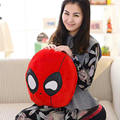 Comercio al por mayor 40 cm Creativo almohada Roja spiderman juguetes de peluche Cojín Suave juego periférico de cumpleaños de la muñeca de la muchacha juguetes de Niño