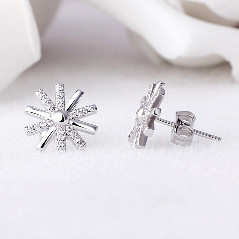 100 925 sterling silver fashion shiny crystal sunflower female stud earrings jewelry women birthday gift Anti allergy in Stud Earrings from Jewelry Accessories