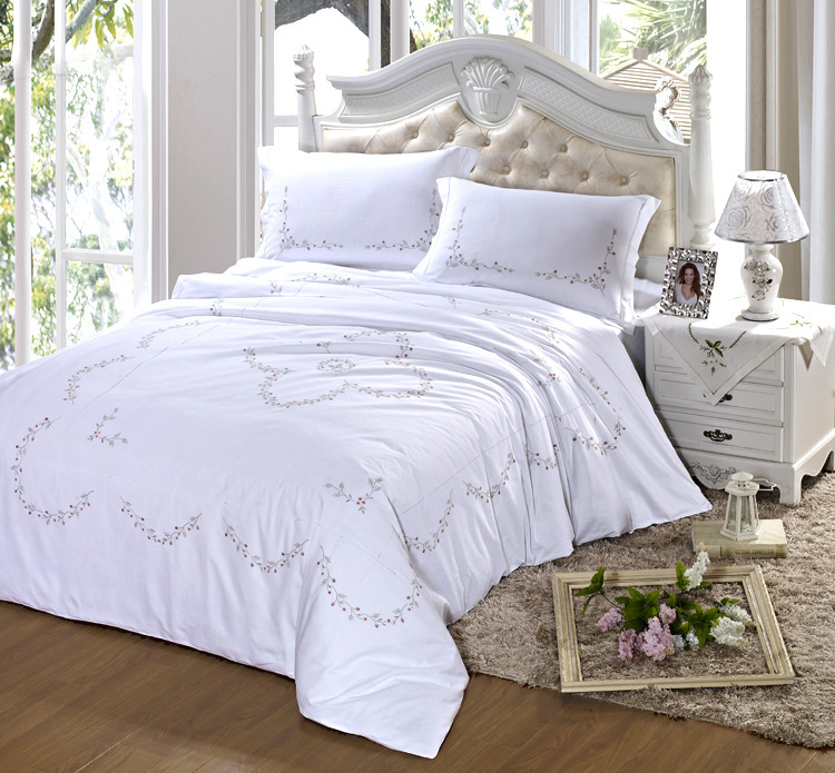 high end luxury bedding set home textiles of 100 cotton solid color embroidered bedding. Black Bedroom Furniture Sets. Home Design Ideas