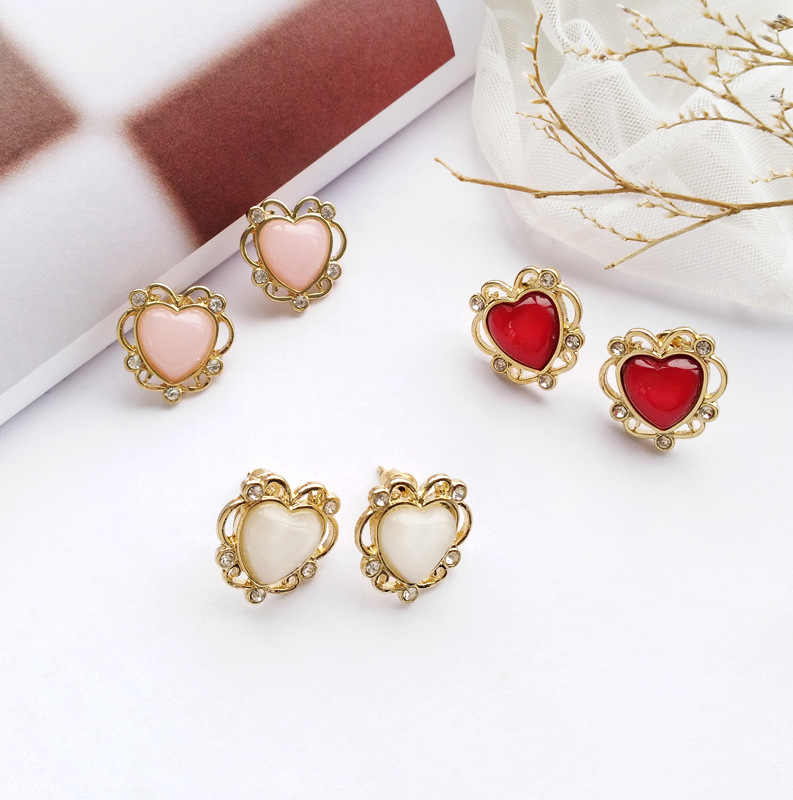 Vintage Crystal Stone Clip on Earrings without Piercing Carved Hollowed out Heart Shape No Pierced Ears Hole Clips Earrings