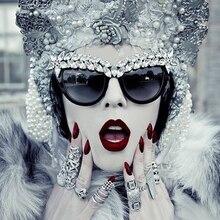 Sunshine Star Fashion Trends Luxury diamond Sunglasses Women Beautiful High quality Cat Eye Shape Sun Glasses Mirror Eyeglasses