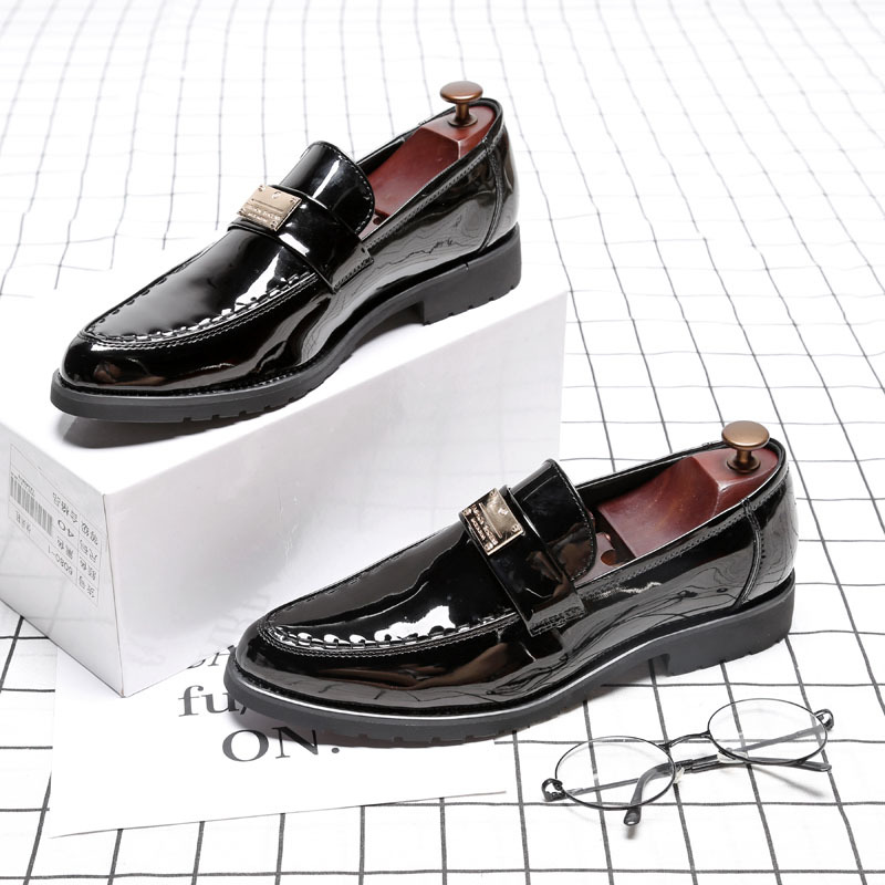 men formal dress shoes luxury brand metal decoration slip on loafers oxford shoes for men italian patent leather male footwear цены онлайн