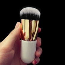 Fashtion Large Round Head Buffer Foundation Powder Makeup Brushes Plump Brush Makeup Tools