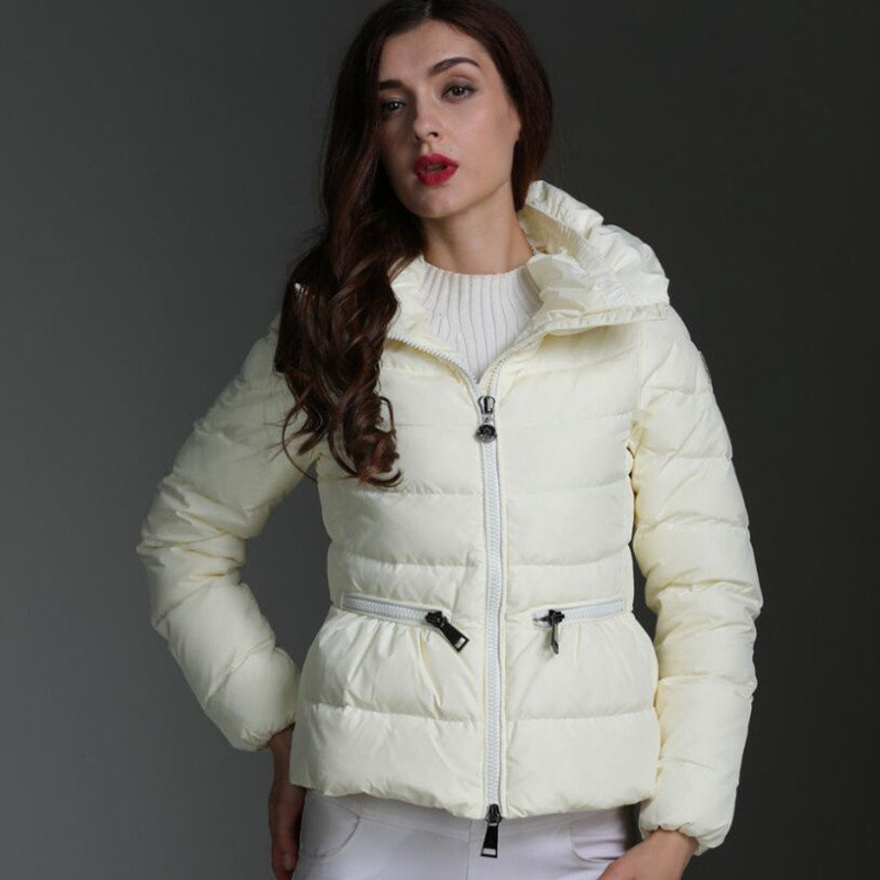 2018 New Hot Sale Winter Women Thick Down Jacket High Quality White Duck Down Parkas Female Warm Slim Short Coat White Overcoat