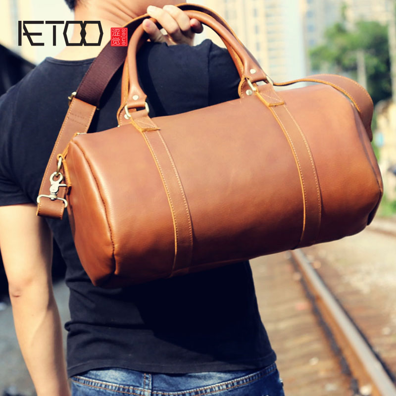 AETOO male leather shoulder bag head layer of retro crazy horse Messenger leisure men цена