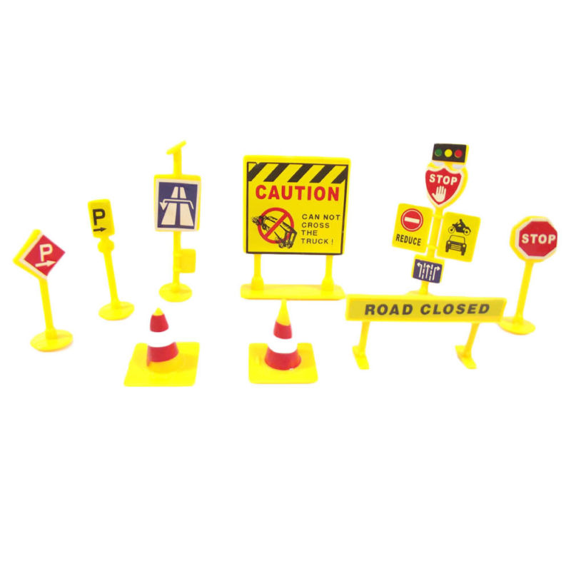 10pcs/Set  Wooden Road Construction Urban Traffic Barrier Signpost Model Toys