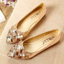 Printemps 2017 NOUVELLE mode strass arc pointu chaussures plates transparent diamant Femmes Paresseux chaussures de Loisirs chaussures simples