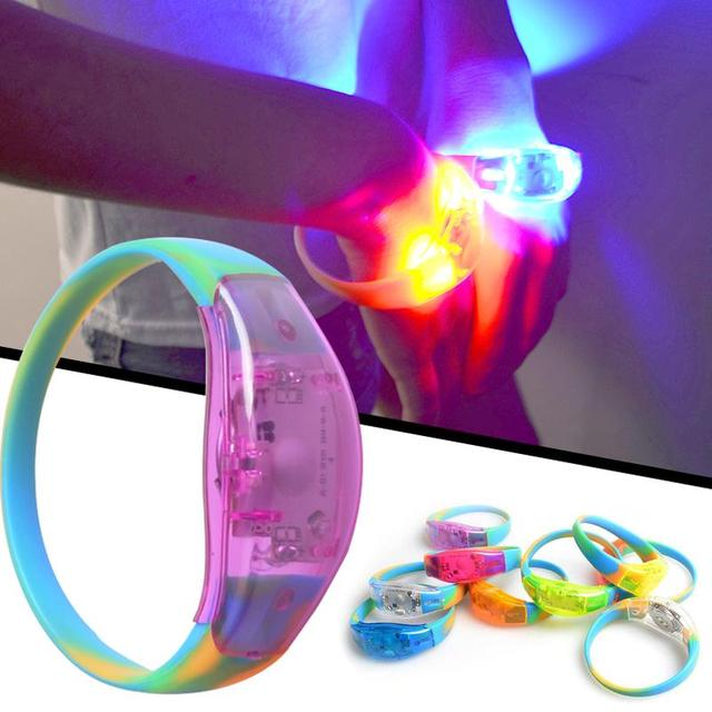 Geluid Controle LED Verlichting Siliconen Armband Polsbandje Vocal ...
