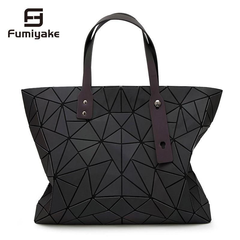 2018 New Bags Women Handbag Geometry Totes Sequins Mirror Reflective Plain Folding Shoulder Bags Luminous Bags Hologram