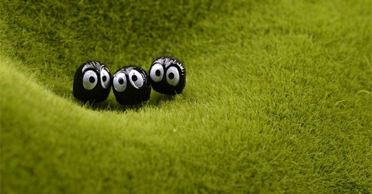 10pcs-lot-Spirited-Away-miniature-figurines-toys-cute-lovely-Model-Kids-Toy-1cm-PVC-japan (3)