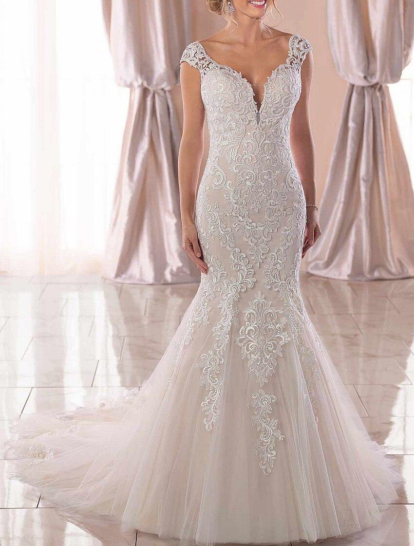 Sweetheart Keyhole Back Mermaid Wedding Dress Unique Lace Appliques Sexy Bridal Dress