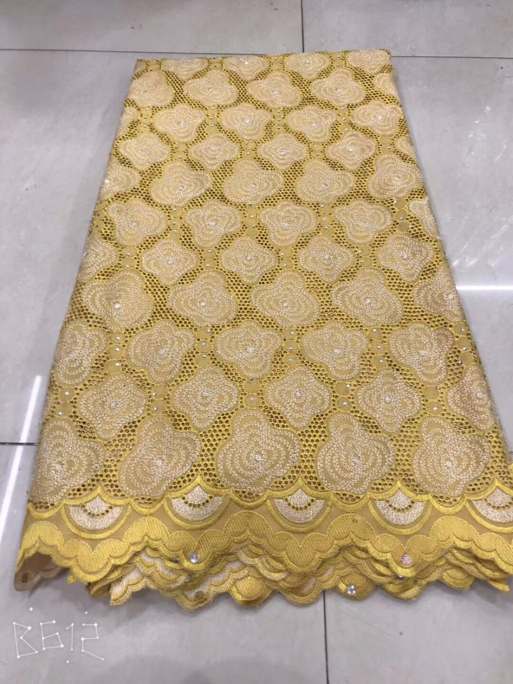 New Swiss voile lace fabric, high quality African Swiss voile lace fabric with exquisite stones