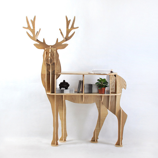 New Design European 100% Birch Wood Elk Edge Table Deer Shape Furniture  Animal Rack Ornaments