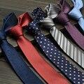 2016 Otoño Nueva Hombres Jacquard Tejido de Seda Flaco Corbata 5 cm Delgada Estrechos lazos para Los Hombres Novio Caja de Regalo Del Banquete de Boda de Negocios Corbata