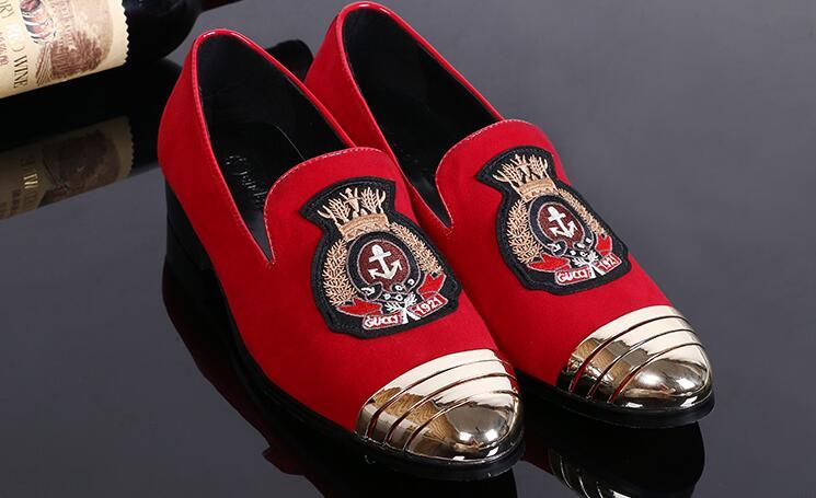 Nouveau Style orteil en métal avec travail manuel rouge broderie fumer pantoufle hommes fête et mariage chaussures plates-in Chaussures décontractées homme from Chaussures    1
