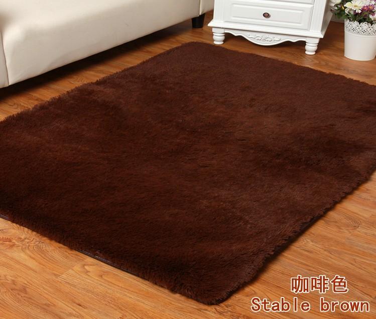 rustic empty living room carpet | Rustic at home living room carpet bedroom coffee table ...