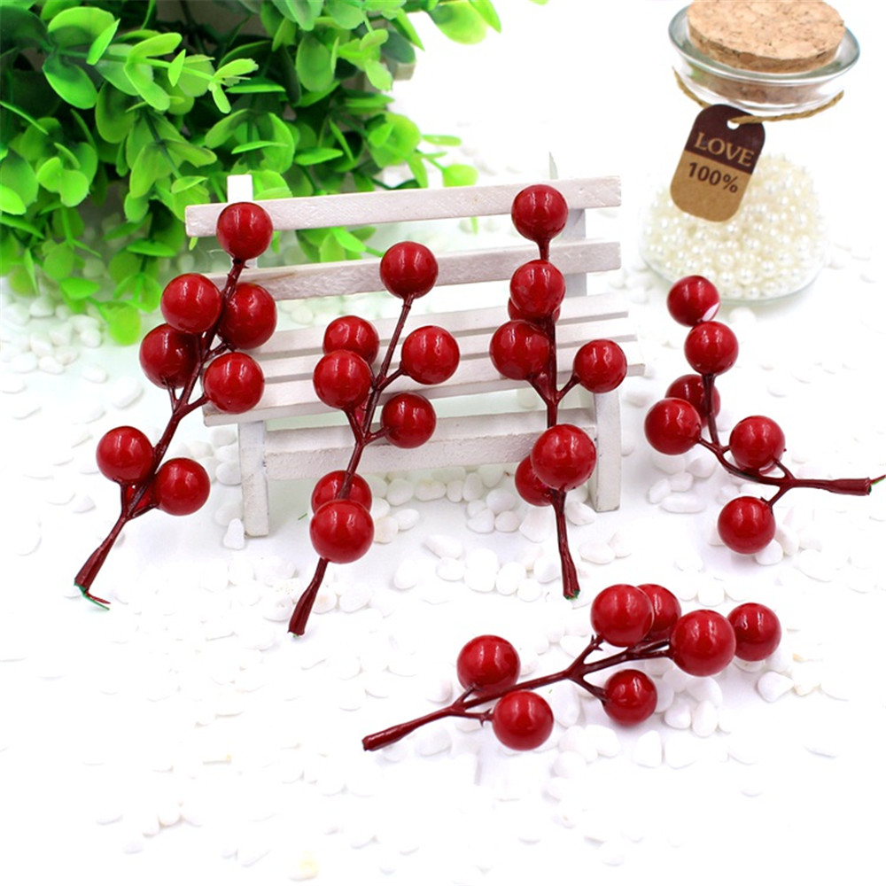 cheap 10pcs(1pcs=7 head) Artificial Berry Bacca Bouquet For Wedding Decoration DIY Garland Rose Decorative Simulation Flowers