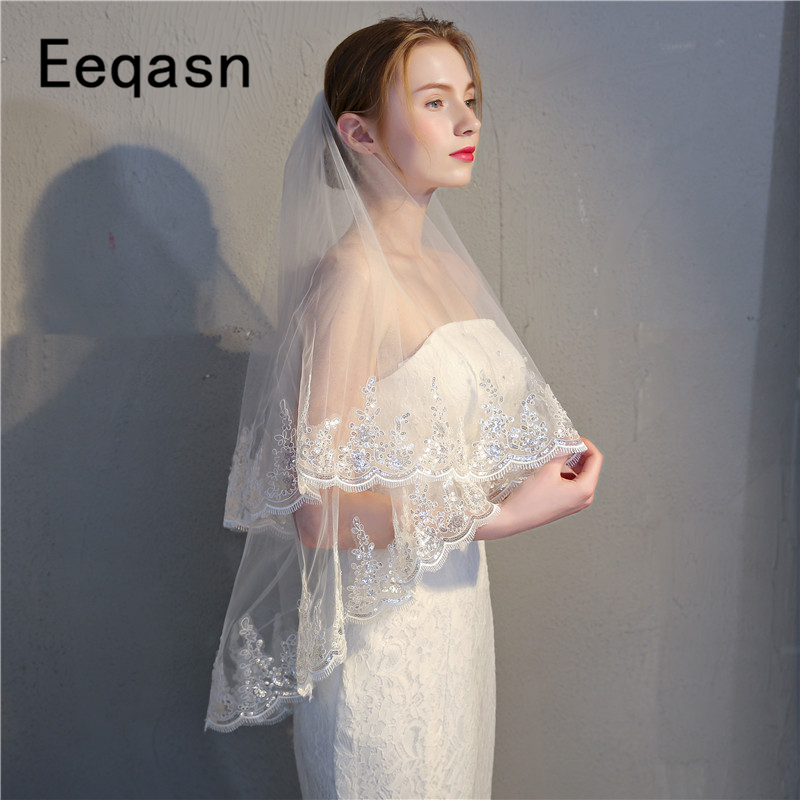 Elegant 2 Layer Bridal Veil Beautiful White Ivory Short Wedding Veils Lace Edge With Comb Bride Veils Soft Tulle Voile Mariage