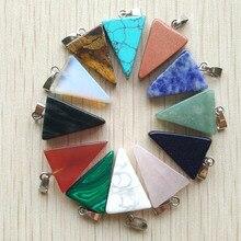 Pendentifs en pierre naturelle assortis en pierre naturelle, breloques triangulaires mélangées, pour la fabrication de colliers, DIY, vente en gros, 50 pièces/lot