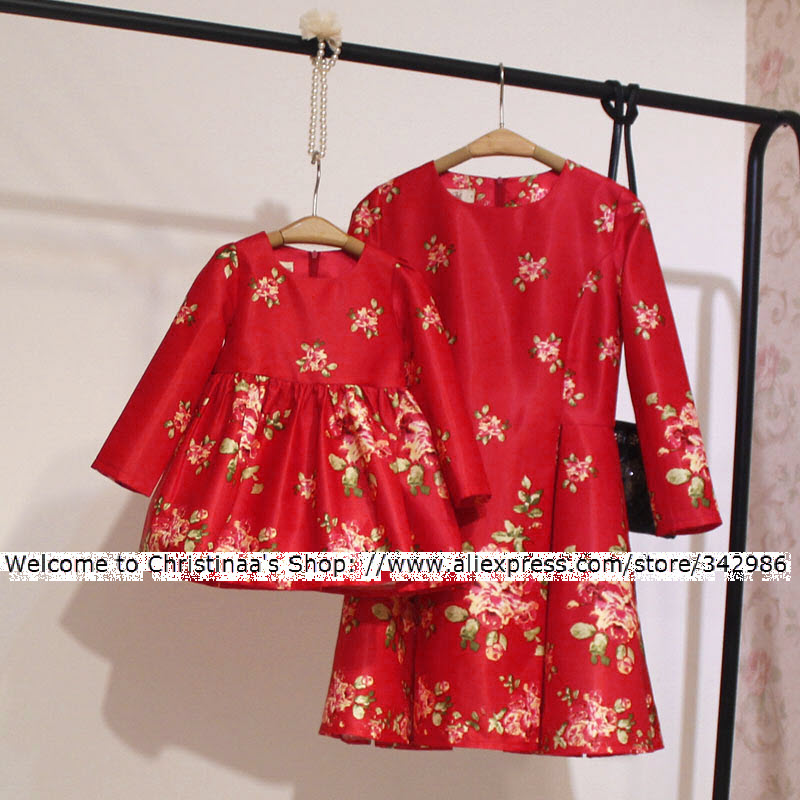2018 Autumn New Family matching mother daughter clothes baby girl family clothes Blooming red Fashion dress mother girls dresses mother and daughter clothes short sleeved t shirt dresses family matching outfits baby girl clothes girls clothing long dress