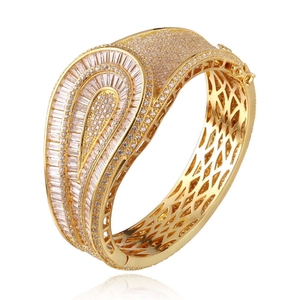 GrayBirds Gold Color And White Color 1068pcs Zirconia Woman Bangles Bracelet Wide Cuff Bangle Bridal Wedding Jewerly Late MLB029GrayBirds Gold Color And White Color 1068pcs Zirconia Woman Bangles Bracelet Wide Cuff Bangle Bridal Wedding Jewerly Late MLB029