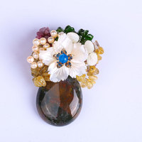 High Grade Natural Stone Brooch Corsage Pearl Female Pin Buckle Shell Retro Pendant Dual Use Accessories