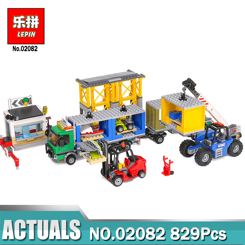 Lepin 02082 829Pcs City Series The Cargo Terminal Set Bricks Set Compatible Legoing 60169 Educational DIY Toys for Children lepin 02082 new 829pcs city series the cargo terminal set diy toys 60169 building blocks bricks children educational gifts model