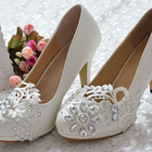 White Lace Flower Cr...