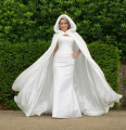 Floor Length Women White/Ivory Faux Fur Trim Winter Christmas Bridal Cape Stunning Wedding Cloaks Hooded Long Party Wraps Jacket