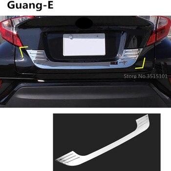Carro de aço Inoxidável porta traseira traseira moldura da placa de Licença bagageira bumper guarnição tronco lâmpada 1 pcs para Toyota C-HR CHR 2017 2018
