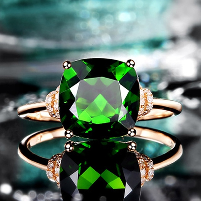 New Fashion copper Green Thinestone Elegant Ring High Quality Best Brand Jewelry For Women Romantic Gift Ring