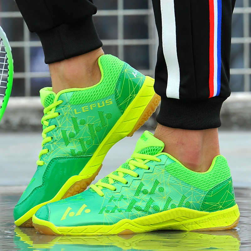 2018 New Men Badminton Shoes For Man Training Breathable Women Anti-Slippery Light Sneakers Male Sport Shoes Large Size 35-45