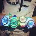 Moda Luminosa LED Crianças Relógios Pulseira de Borracha de Silicone de Quartzo Homem Mulher relógio de Pulso À Prova D' Água Relógio Casual para Crianças