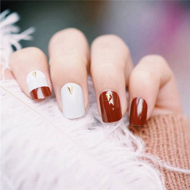 Online Shop Coffe Brown French False Nail Light Gray White With Gold