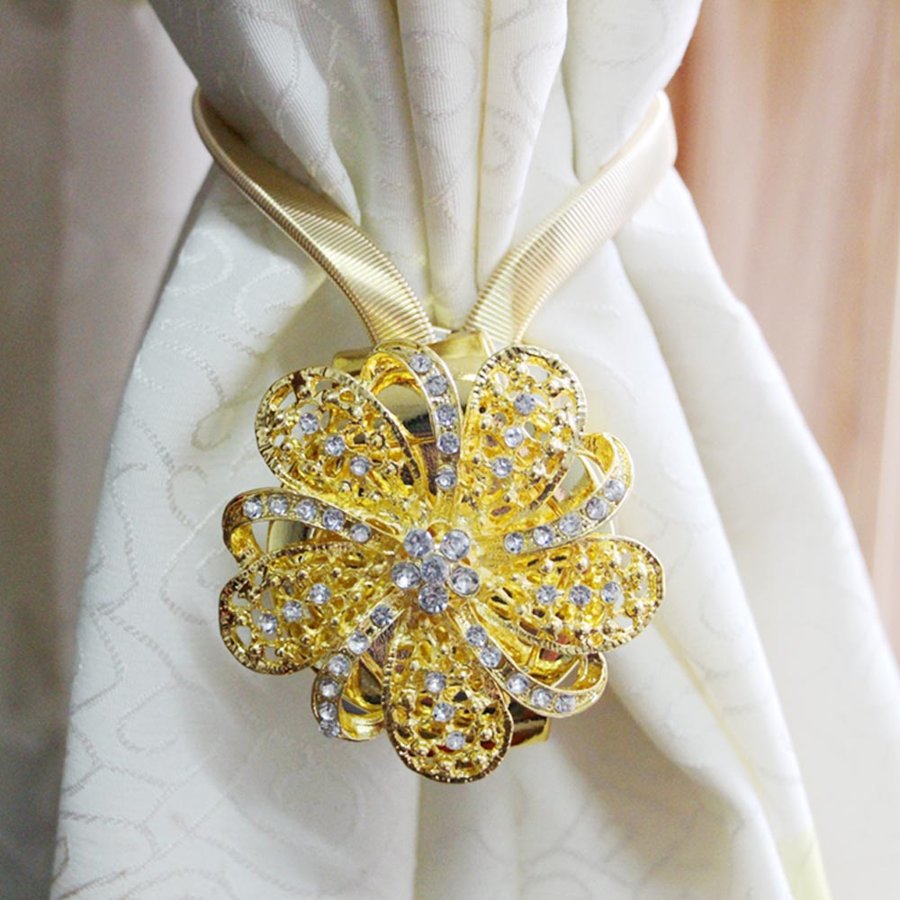 2pcs Golden Flower Diamond Magnetic Curtain TieBack Clips Holdbacks Curtain <font><b>Holder</b></font> Buckle Tie Rope for Bedroom Home Decorations