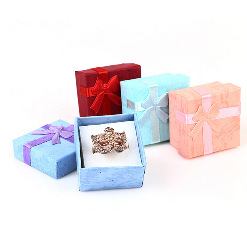 1PC Fashion Colorful 4 * 4cm Bowknot Square Jewry Organizer Box Rings - Hemlagring och organisation - Foto 1