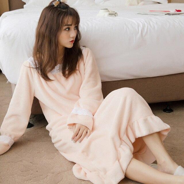 Бесплатная доставка Осенью и зимой плюс размер фланца утолщение коралловый флис пижамы женщин Пижамы ночной халат R115