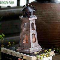 Elegant Antique Wood Candlestick European Romantic Wedding Candle Holder Lantern Retro Candle Stand Home Decoration Glass Sconce