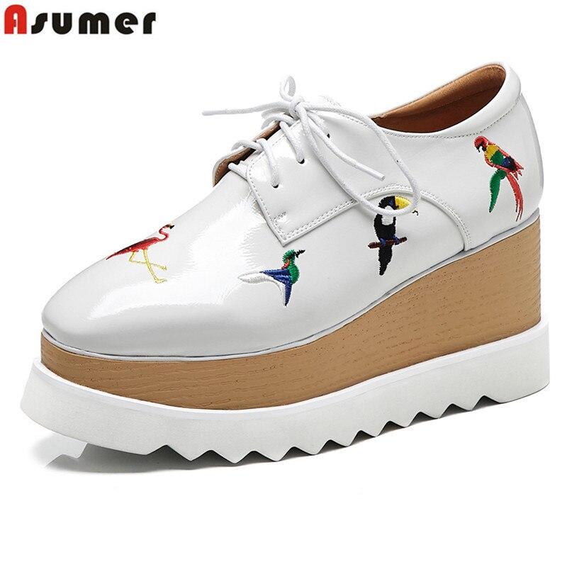 ASUMER هبوط السفينة 2019 المرأة أحذية عالية الجودة جلد طبيعي النساء مضخات جولة اصبع القدم الدانتيل يصل الأزياء الربيع الصيف منصة حذاء-في أحذية نسائية من أحذية على  مجموعة 1