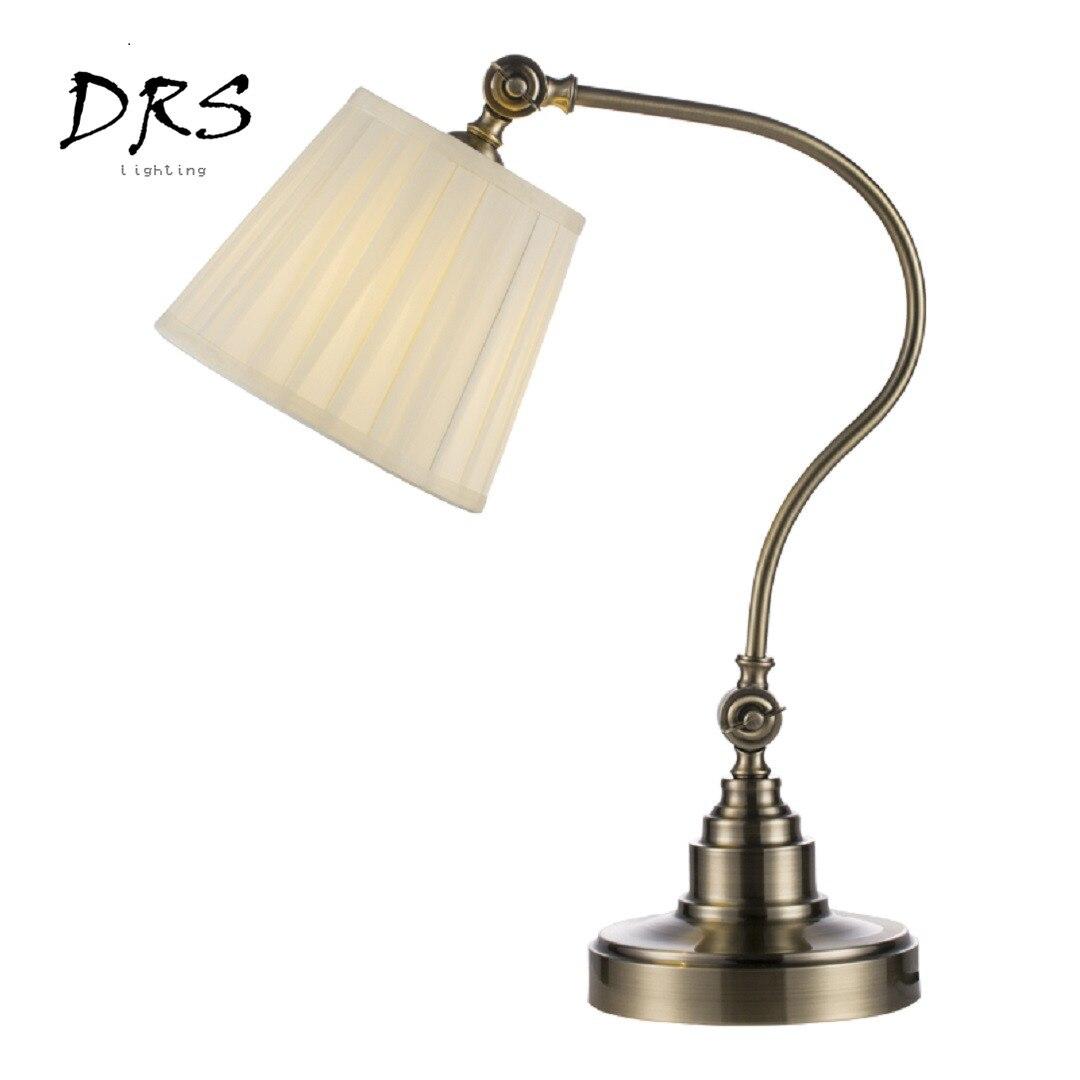 Amerikaanse Led Ijzer Bureaulamp Moderne Eenvoudige Slaapkamer Nachtkastje Lamp Vissen Tafel Lichten Metalen Deco Doek Art Industrie Verlichting