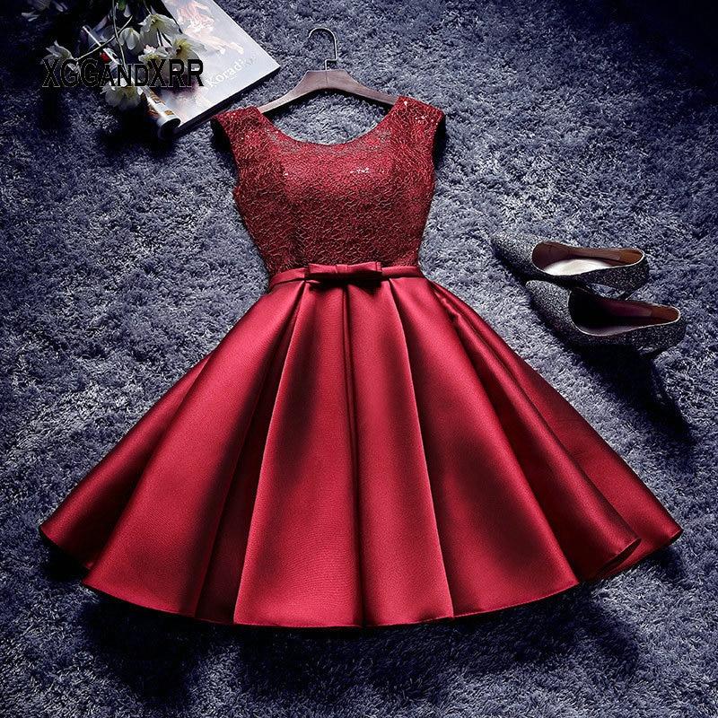 Red Short Lace Prom Dress A Line Champagne Homecoming Dress Elegant Grey Satin Graduation Date Dress