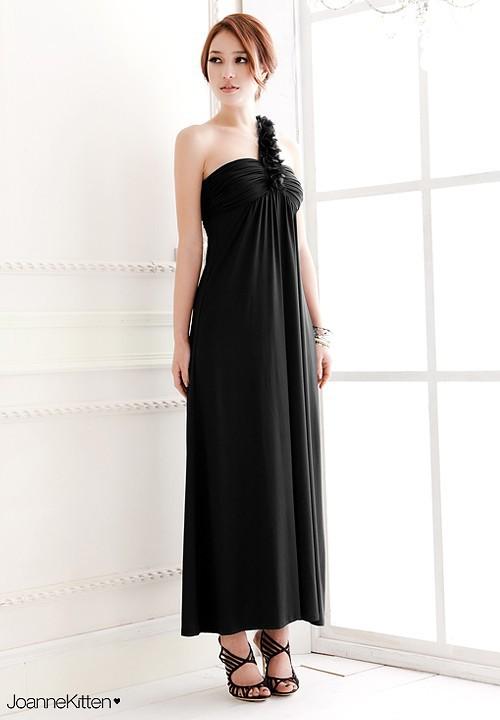 последнее плечо косой богиня длинное платье невесты свадебный банкет, устроенный выступления выступления тост одежда