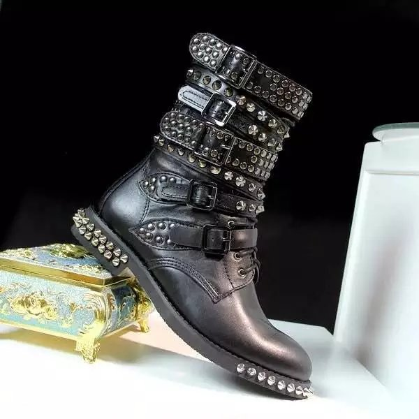 400a5a98fd29 Western Style Studded Motorcycle Combat Boots Women Autumn Winter .