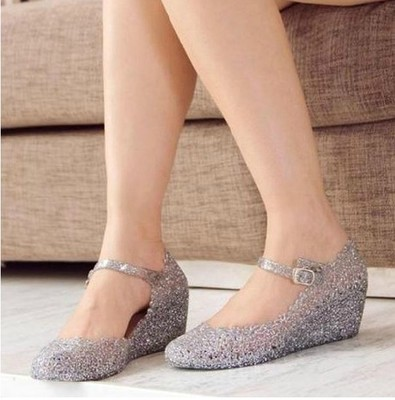 5ece6f7753 US $10.89 |Summer girls wedge jelly shoes beach comfortable Women sandals  Wedges Sandals High Heels Glass Slipper Jelly Shoe-in Women's Sandals from  ...